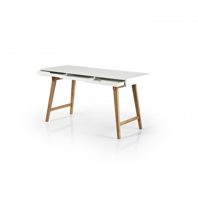 Anneke mca Tisch 001