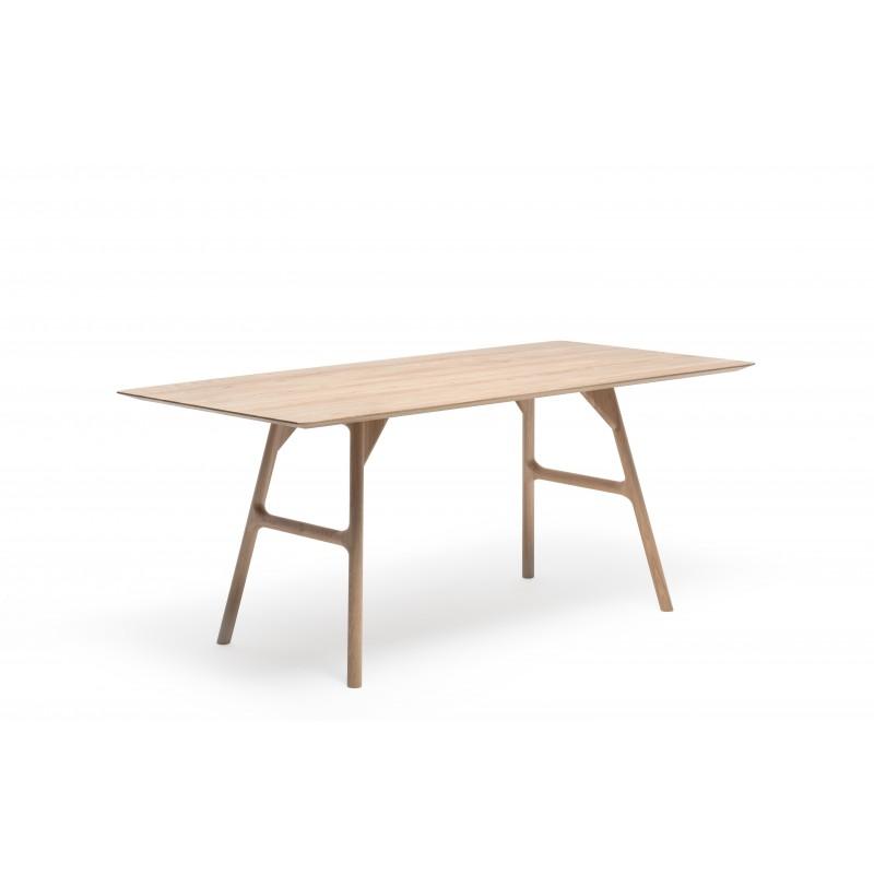 Malin Mai Tisch tpls 001