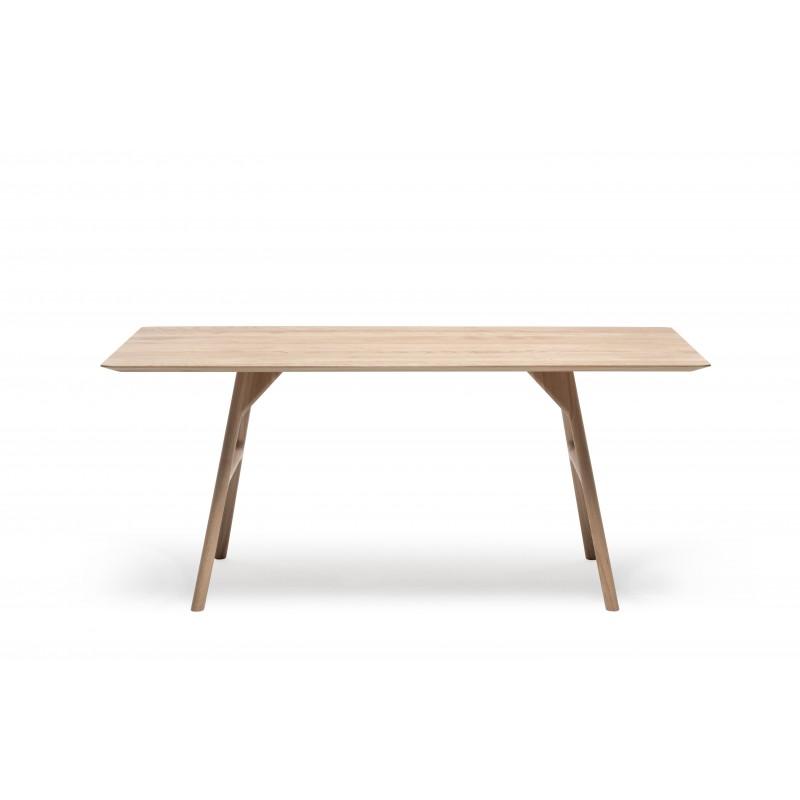 Malin Mai Tisch tpls 003