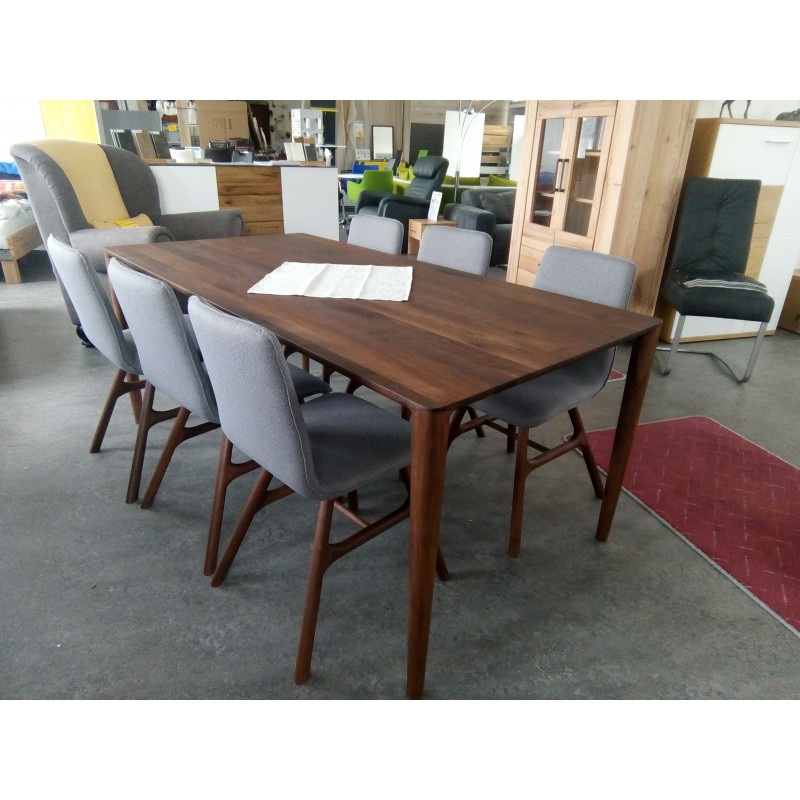 Whiteoak Ninas dinning table walnut 001